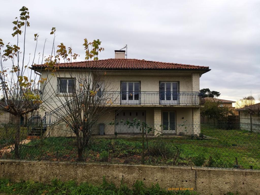 MACAU - Maison r+1 - 3ch sur 750 m²